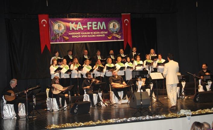 KA-FEM'den yılın son, sezonun ilk konseri...