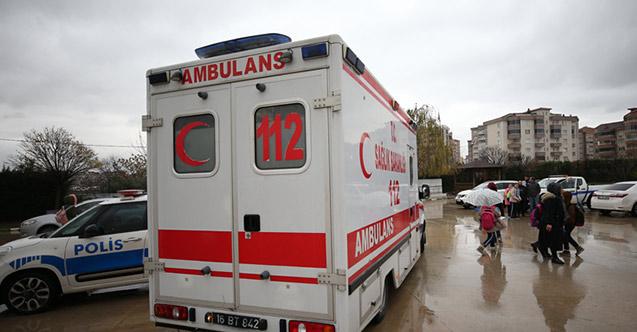 Kokudan etkilenen öğrenciler hastaneye kaldırıldı