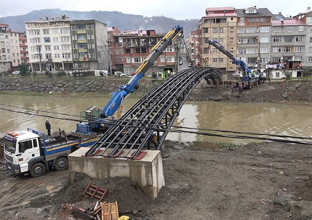 Trabzon'da o köprünün inşaasına başlandı