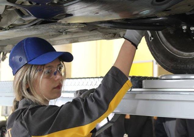 MEB yerli otomobil için harekete geçti - Türkiye'de ilk kez açılacak