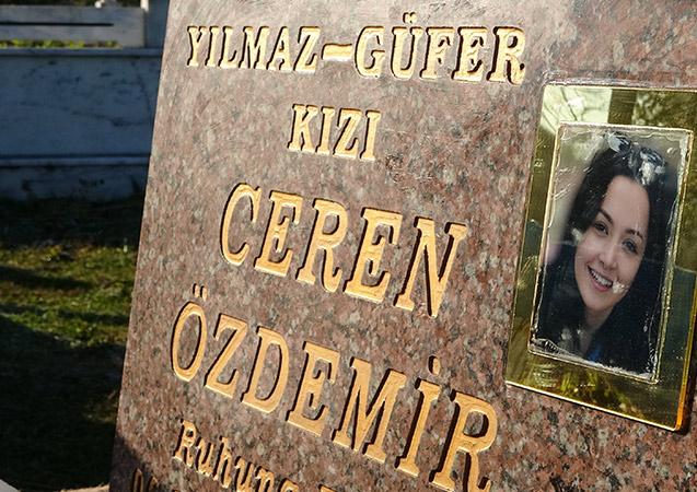Ceren'in son paylaşımı mezar taşına işlendi