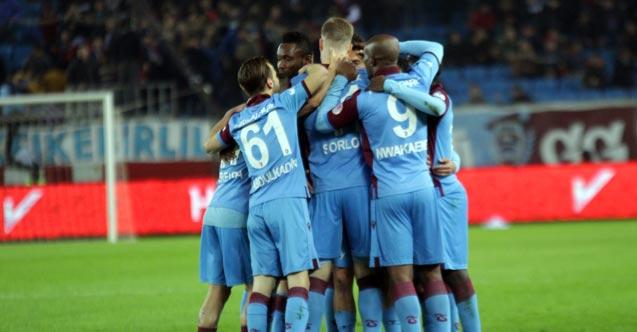 Trabzonspor'da 4 oyuncu sınırda