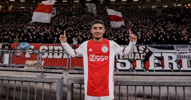 Naci Ünüvar Ajax'ta tarihe geçti