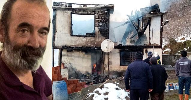 Evde çıkan yangında can verdi