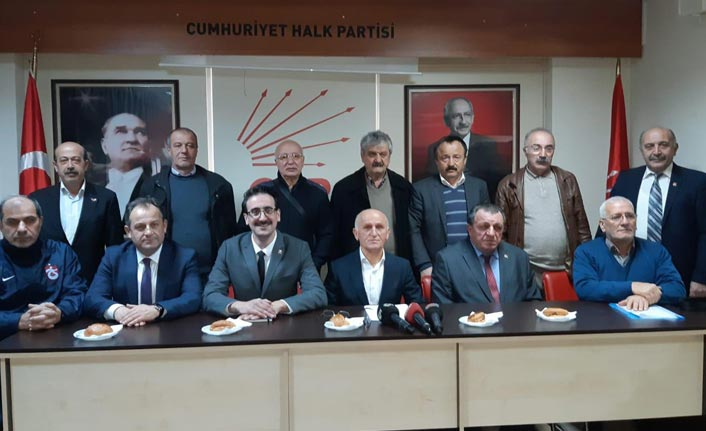 CHP'de iki başkan adayı var ama; İlçe başkanları tek liste istiyor