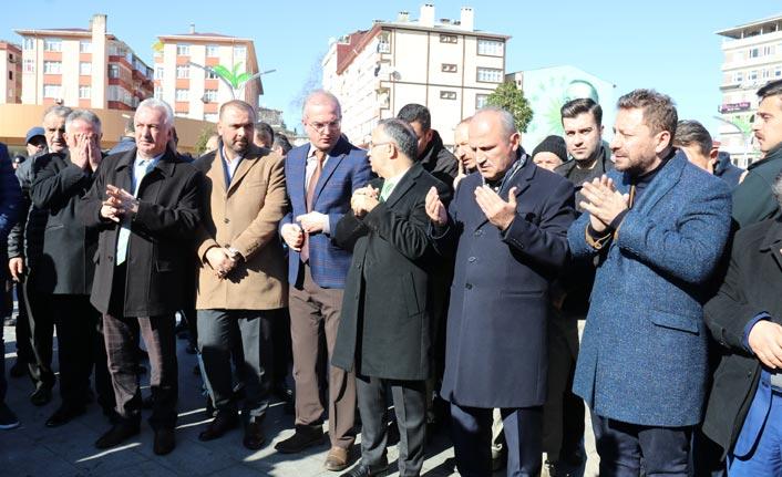 """Bakan Turhan: """"Afetleri siyasete alet etmememiz lazım"""""""