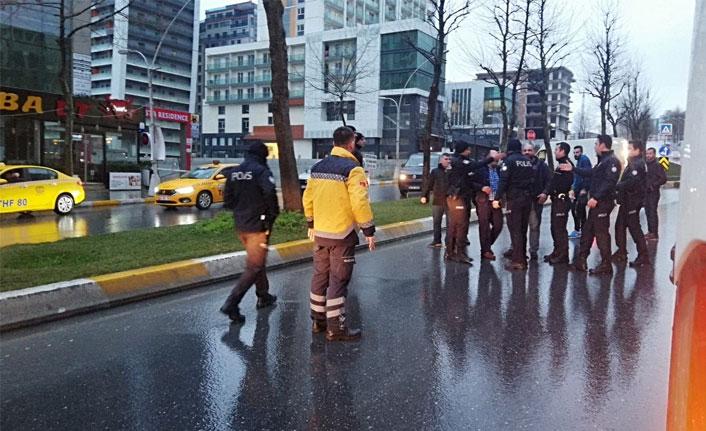 Esenyurt'ta taksiciler birbirine girdi, ortalık karıştı