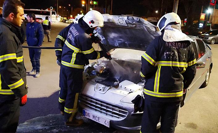 Aksaray'da yanan araç korkutan anlar yaşattı