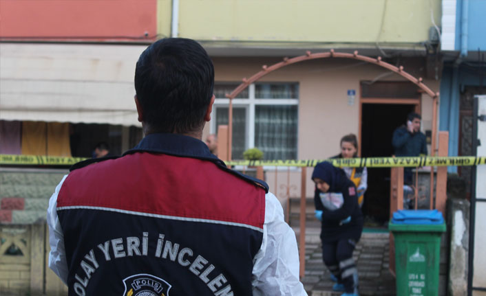 Evinde ölü bulunan yaşlı kadının cinayete kurban gittiği ortaya çıktı
