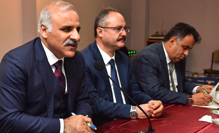 Murat Zorluoğlu'ndan Dernekpazarı'na ziyaret