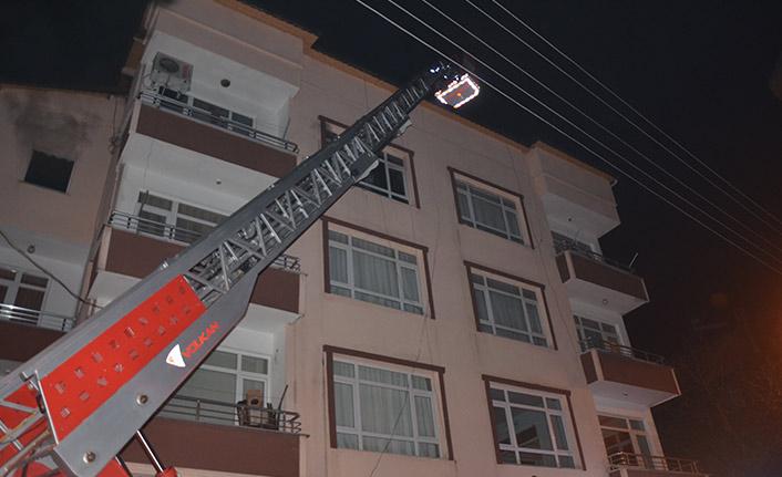 Elektrik prizi yangına sebep oldu