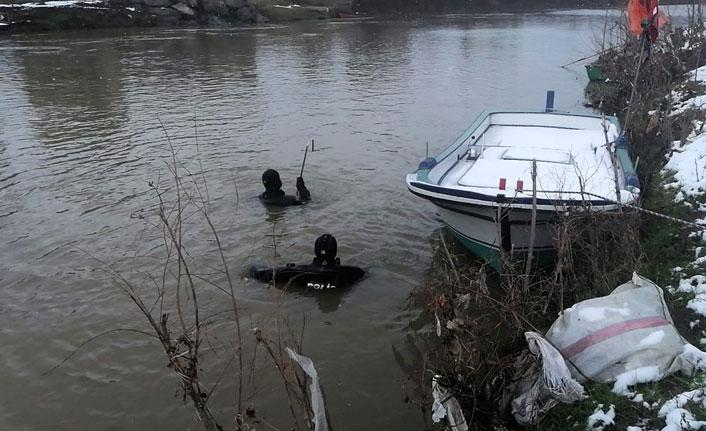 Irmakta kaybolan kişiye 10 gündür ulaşılamadı