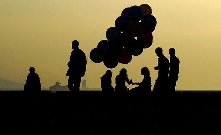 """Türkiye mutlu mu?  """"Yaşam Memnuniyeti Araştırması"""" sonuçları açıklandı"""