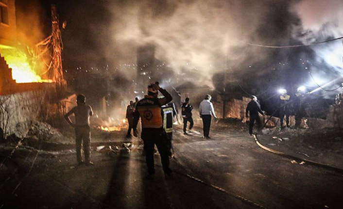 Suriye'de gece bombalı saldırı: 3 ölü, 9 yaralı