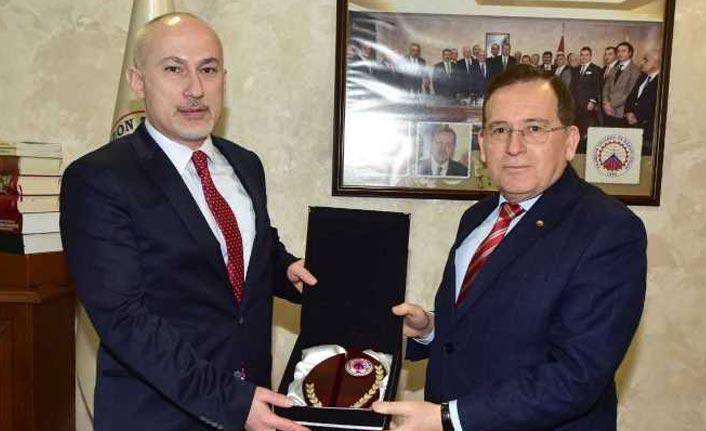 Gürcistan'ın Trabzon Başkonsolosu Japaridze'den TTSO'ya ziyaret