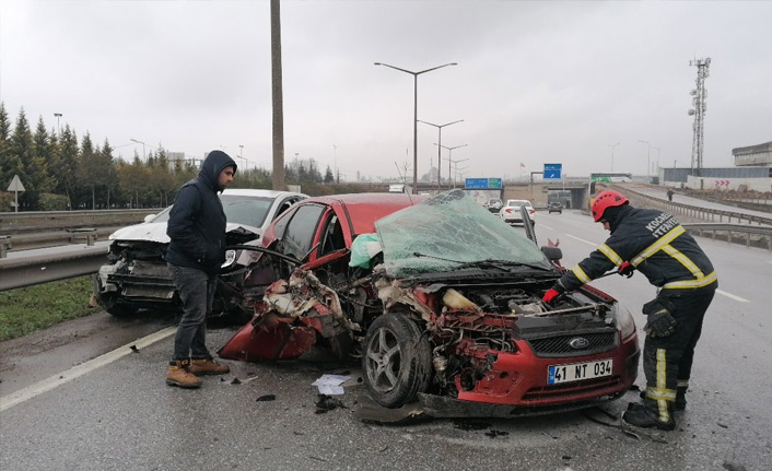 Gebze'de zincirleme trafik kazası