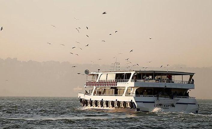 İzmir'de tüm vapur seferleri iptal