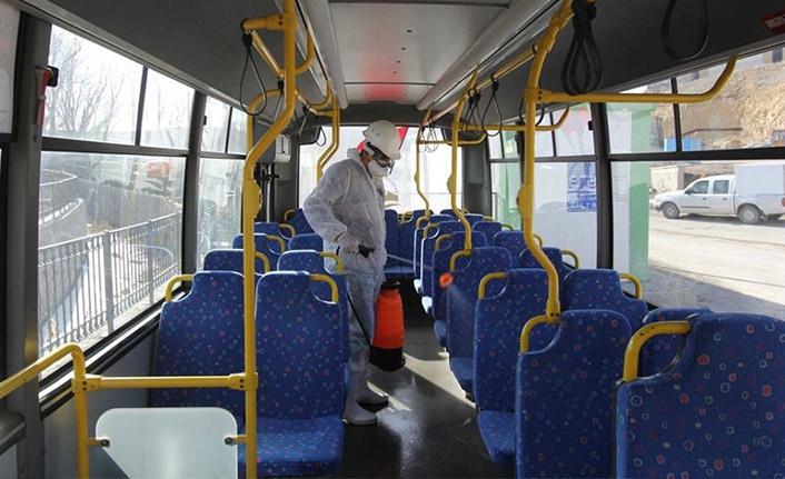 Toplu taşıma araçları ilaçlanıyor