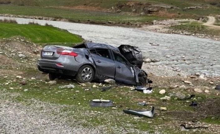 Siirt'te kontrolden çıkan araç takla attı