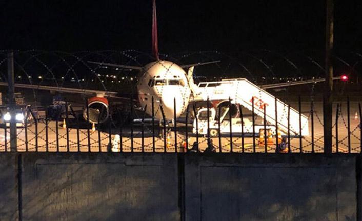 Türkiye'ye inen uçaktaki yolcular karantinaya alındı!