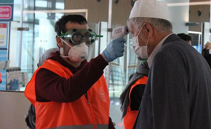 Umre yolcuları Ankara ve Konya'da karantinaya alındı!