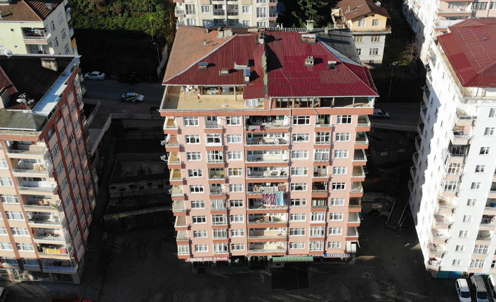 10 katlı bina tahliye edildi