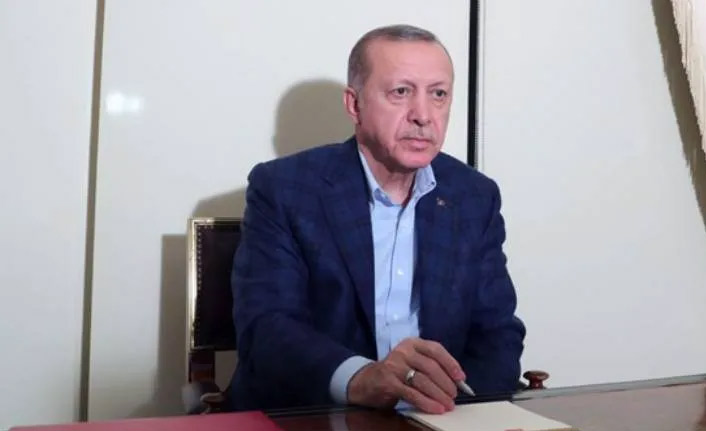 """Erdoğan: """"Mutlaka evlerimizde kalmaya devam edelim"""""""