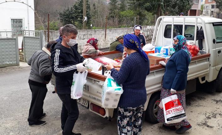 Trabzon'da muhtardan mobil market hizmeti