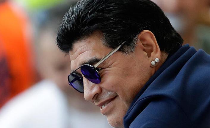 Maradona'dan alkışlanacak hareket!