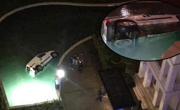 Sürücü lüks site havuzuna uçtu
