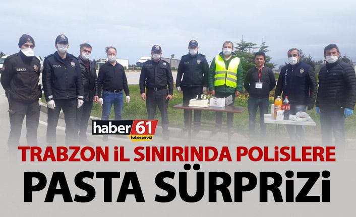 Trabzon il sınırında görev yapan polislere muhtardan sürpriz