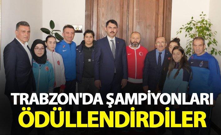 Trabzon'da şampiyonları ödüllendirdiler