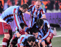 Lider Trabzonspor haftayı açıyor