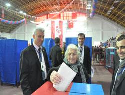 TS en yaşlı bayan üyesi oy kullandı