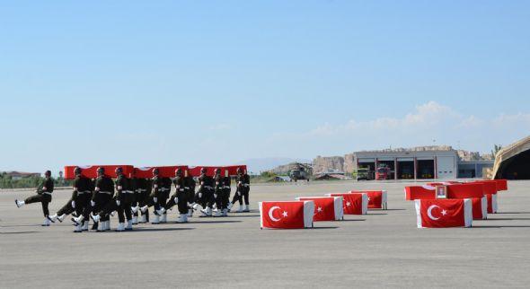 Afyon'da 25 askerimiz şehit oldu!