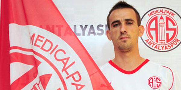 FIFA'dan Antalyasporlu oyuncuya ceza