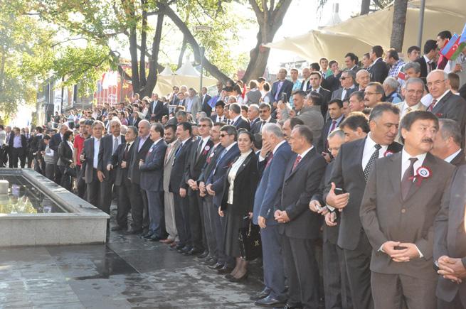 Dünya Türkleri Trabzon'da buluştu
