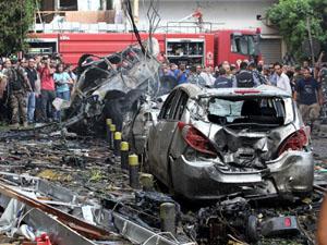 Ortalık savaş alanına döndü 8 ölü