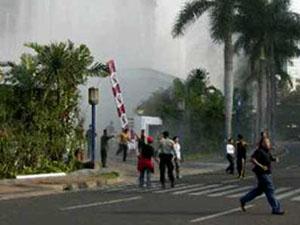 Endonezya'da etnik çatışma: 14 ölü