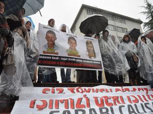 KTÜ'de işten çıkarılan işçilerin eylemi sürüyor