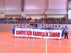 Trabzon'da Suriye için futbol maçı