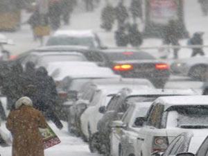 Soğuktan yüzlerce kişi öldü !