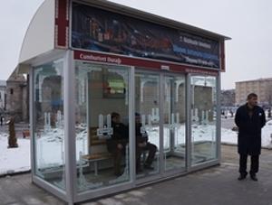 Türkiye'nin ilk ısıtmalı otobüs durağı