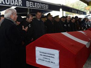 Teoman Koman'ın arkadaşı cenazede patladı