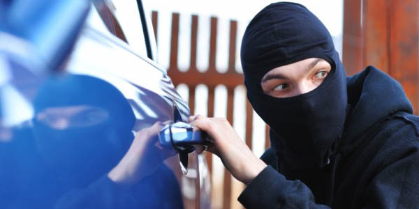 Trabzon'da otomobil hırsızlığı