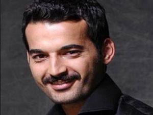 Babasını öldüren ünlü oyuncu tutuklandı
