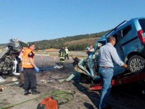 Çorum'da feci kaza: 6 ölü, 2 yaralı