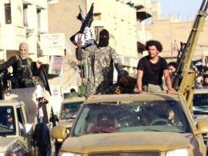 İŞİD,104 kadını sıraya dizdi ve...