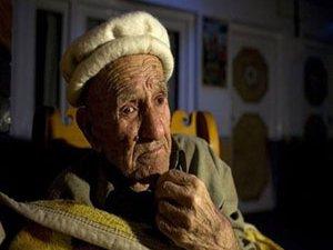 120 yıl yaşayıp 70 yaşında doğum yapıyorlar