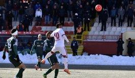 Trabzonspor'un rakipleri puanları paylaştı